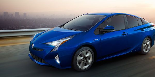 2017 Toyota Prius Hybrid Car Take Everyone By Surprise
