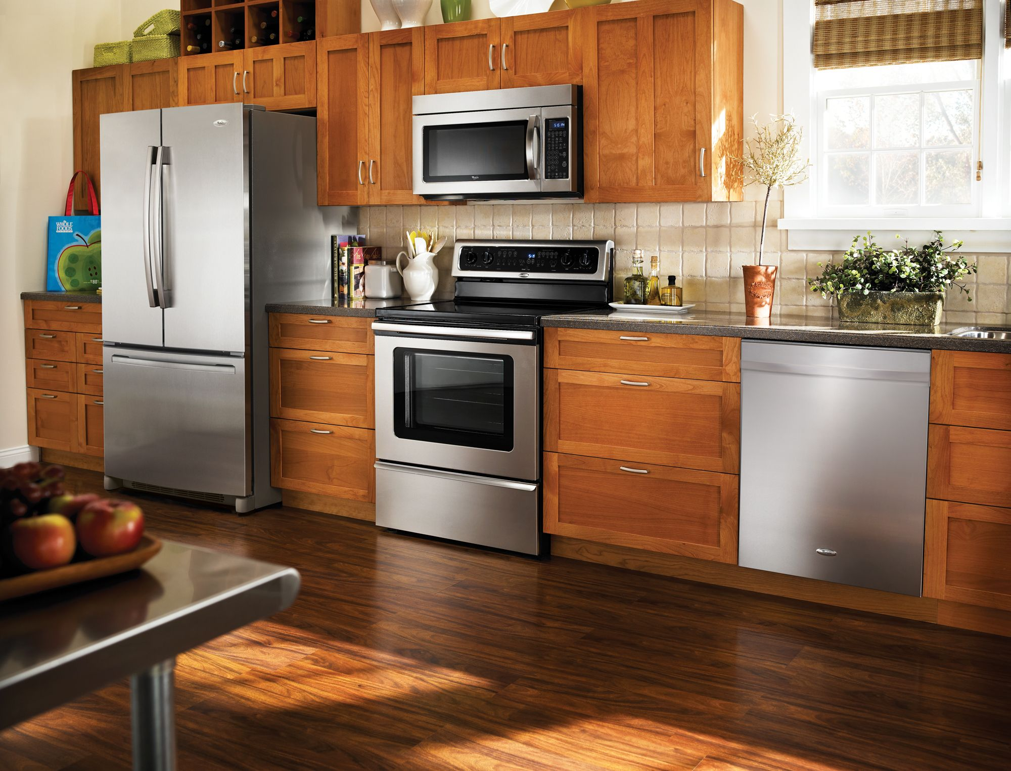 Whirlpool 22 Cu Ft French Door Refrigerator 5 3 Cu Ft Electric Range And 24 Dishwasher Stainle Kitchen Sale Kitchen Design Whirlpool Kitchen Appliances