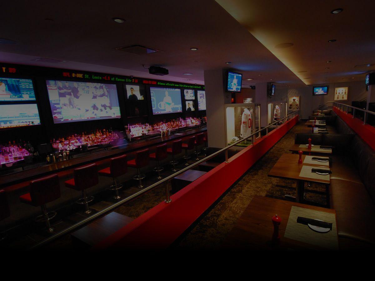 Home Bowlmor Bares deportivos, Restaurantes, Casino