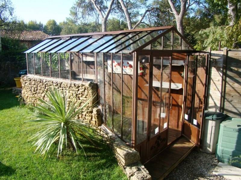 Serre en fer forg sur mesure veranda greenhouse for Serre de culture interieur