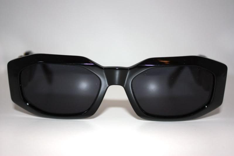 21037dd56461c ZONE7STYLE  Vintage Versace Sunglasses Worn By Notorious B.I.G   Biggie