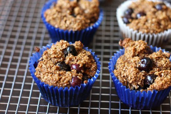 INCREDIBLE High protein, low-fat Blueberry- Applesauce- Banana- Bran Muffins :)