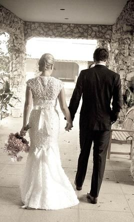 Oscar De La Renta 33n16 Find It On Preownedweddingdresses Com