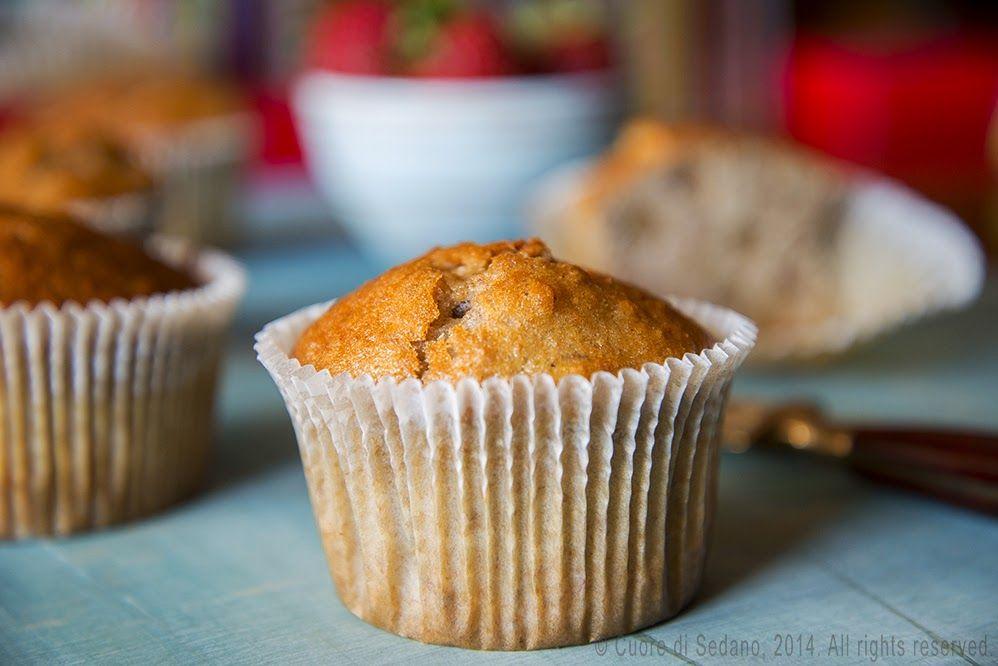 Muffin semi-integrali alla banana e noci pecan