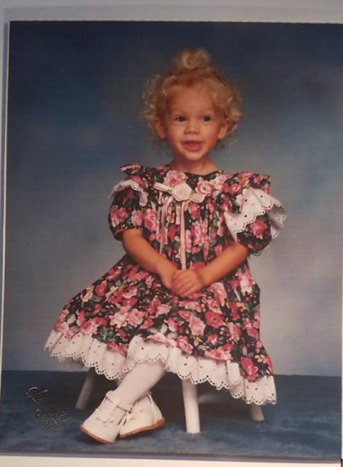 Rare Taylor Swift Pics Taylor Swift Childhood Young Taylor Swift Taylor Swift Pictures