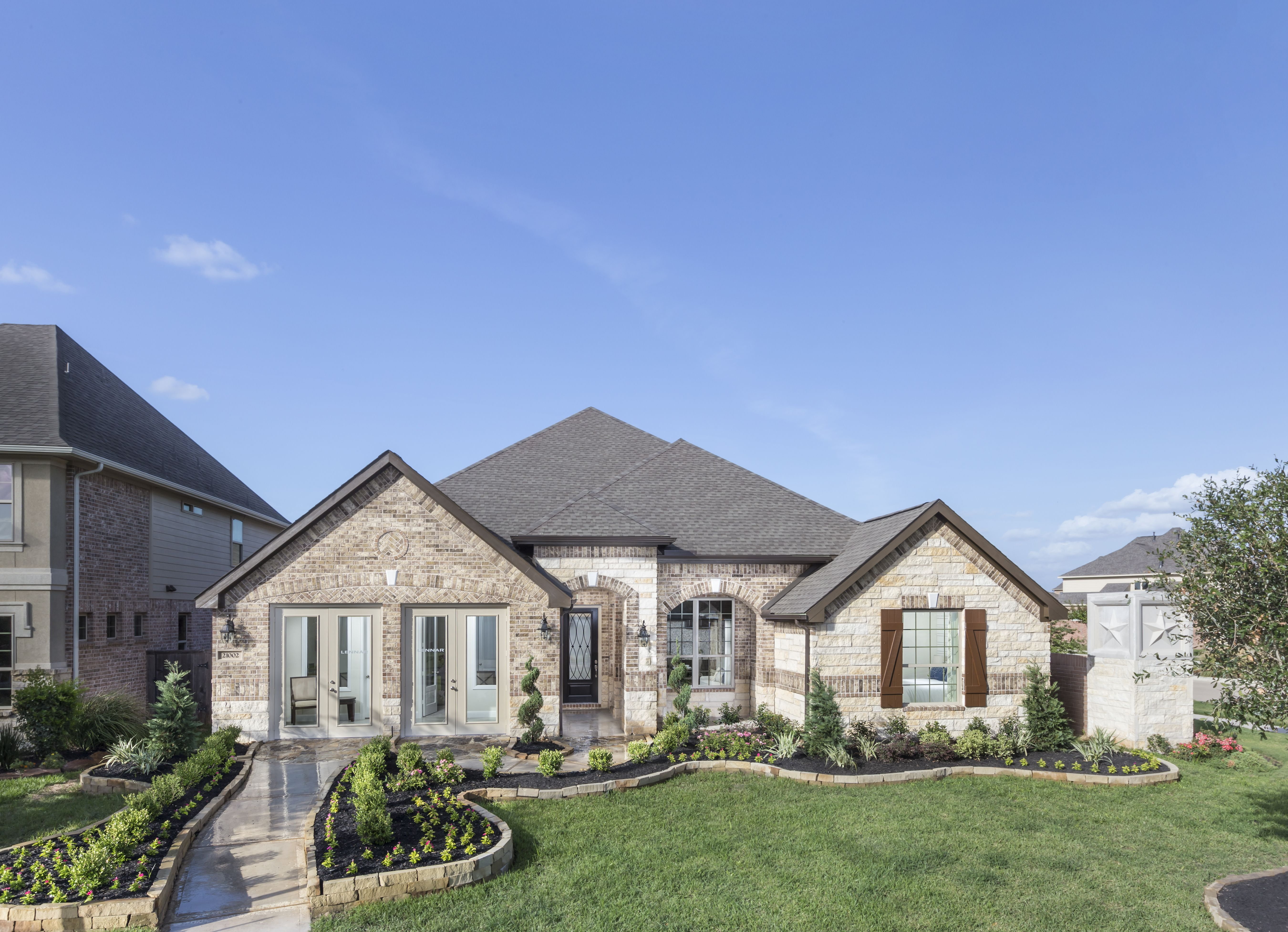 Long Meadow Farms Offers New Concept For Multi Generational Households Home Next Gen Homes Model Homes
