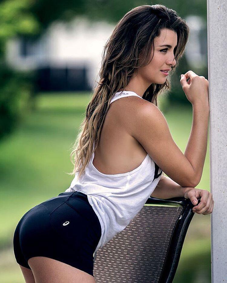 Are hot venezuelan girls boobs curious topic