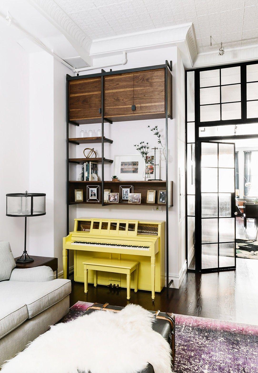 Inside An Edgy Manhattan Loft Style Apartment Loft Style Apartments Cool House Designs Living Room Design Diy