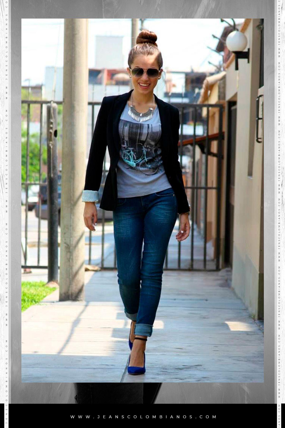 Nada Como Salir Bonita Y Comoda A La Oficina Crea Tu Outfit Como Quieras Con Nuestros Jeans Clasicos Levanta Cola Pantalones De Moda Moda Ropa