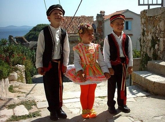 National Costume Of Susak Croatia Little Boy And Little Girl Dressed Re Ring Boy And Flower Girl Dk Boy Costumes Little Girl Dresses Costumes