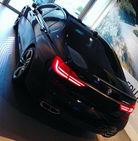 760Li , V12 An Absolute Monster Bmw, Bmw cars, Car pictures