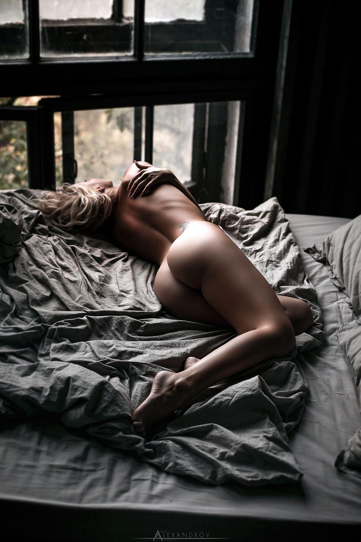 Adventure beauty erotic sleeping