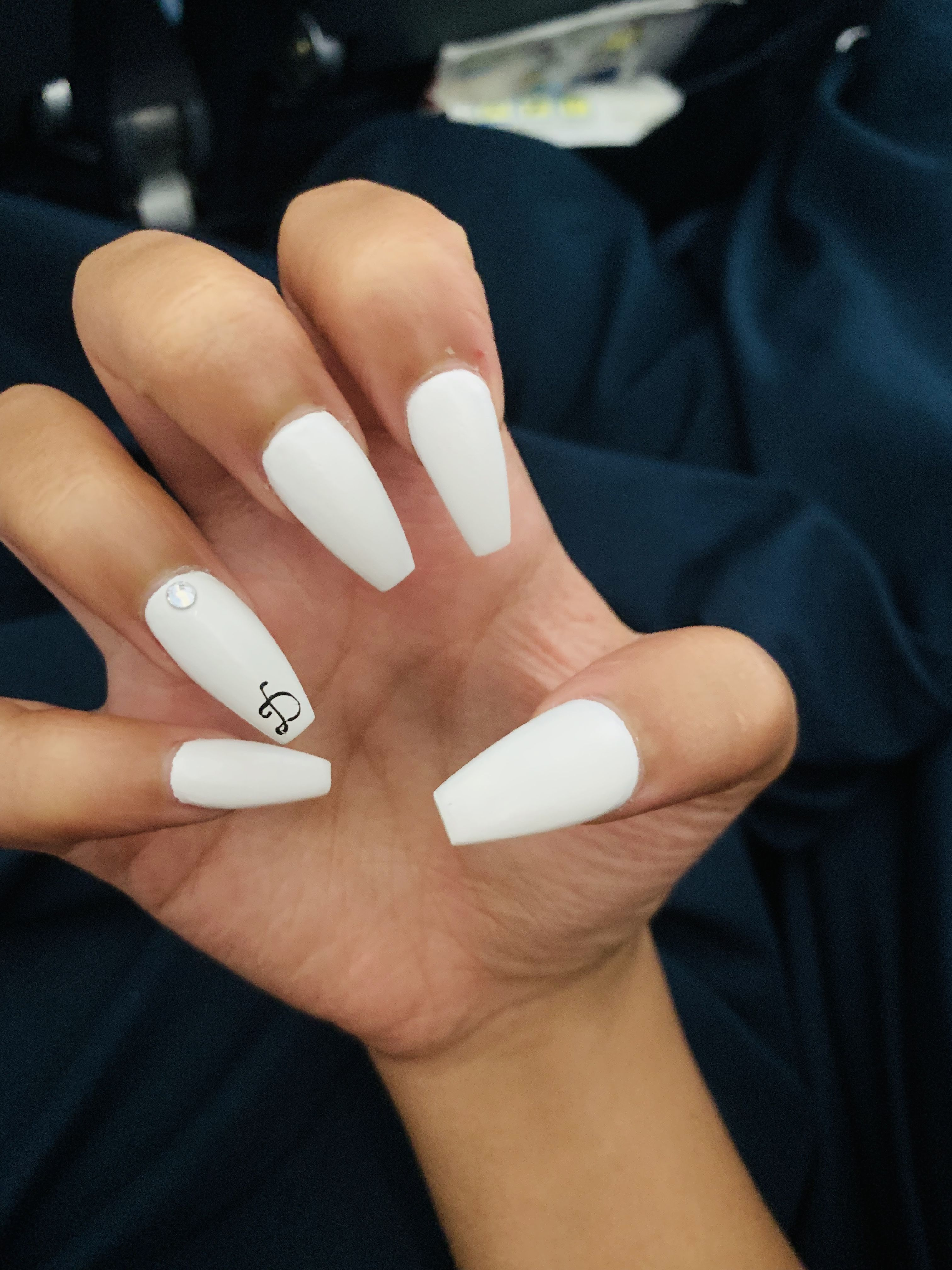 Coffin White Acrylic Nails With Boyfriend Initial White Acrylic Nails Red Acrylic Nails Best Acrylic Nails