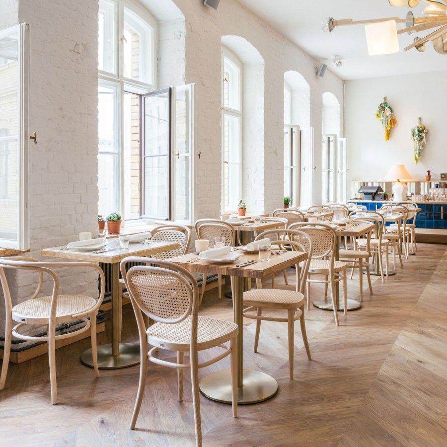 Chaise De Bistrot 214 Hêtre Imaginée Et Fabriquée Par La Maison Brilliant Panama Dining Room Decorating Inspiration