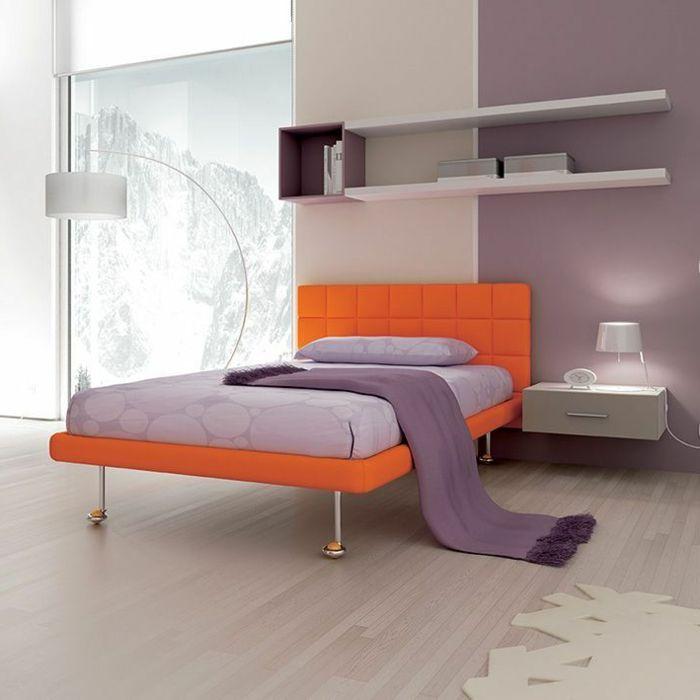 Nachtisch zum Einhängen beige lila schlafzimmer | Traumhaftes ...
