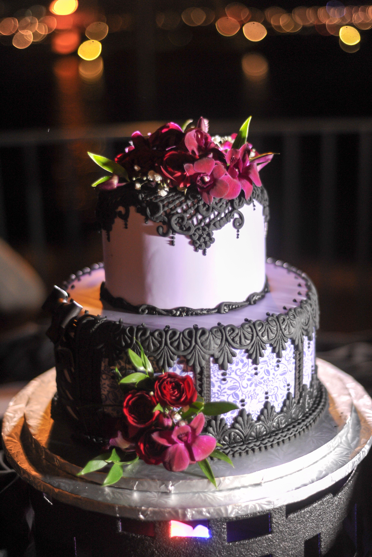 Lisa John S Halloween Disney Wedding Disney Wedding Cake