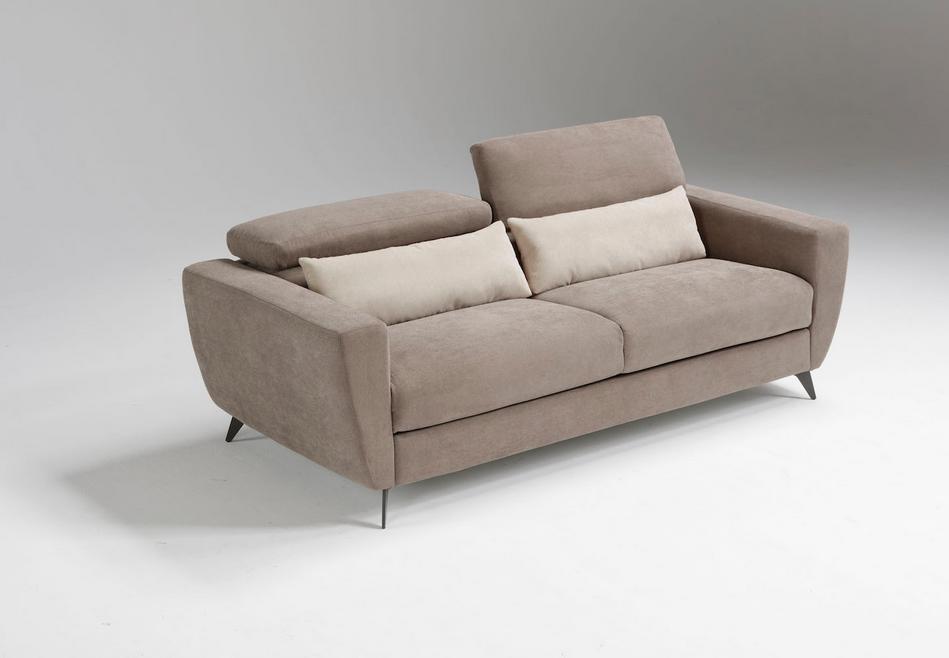 Divano Letto Moderno.Thunder Nel 2019 Divani Letto Con Piedini Alti Sofa Couch E