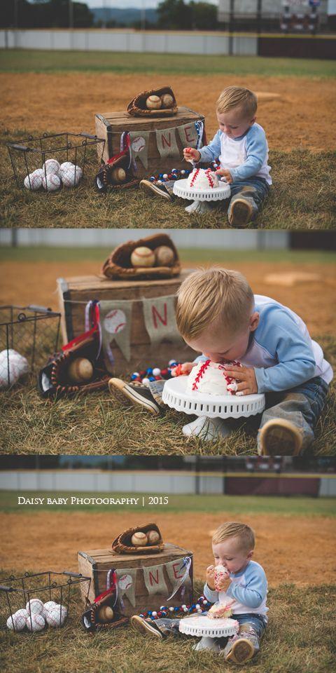 Daisy Baby Photography Max turns 1 Baseball Cake Smash Daisy