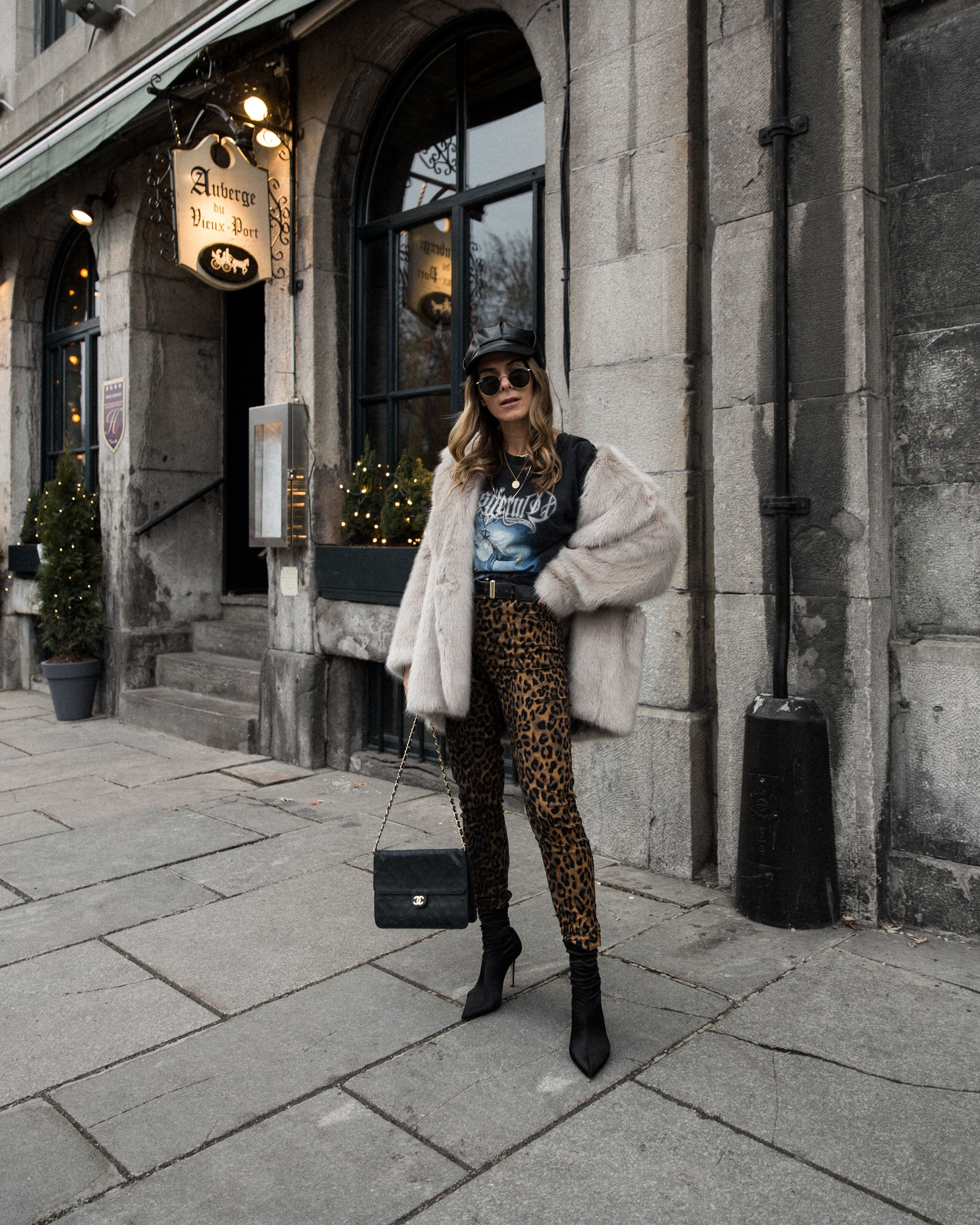 Montreal Winter Fashion: Auberge Du Vieux-Port – Montreal – The26thlook