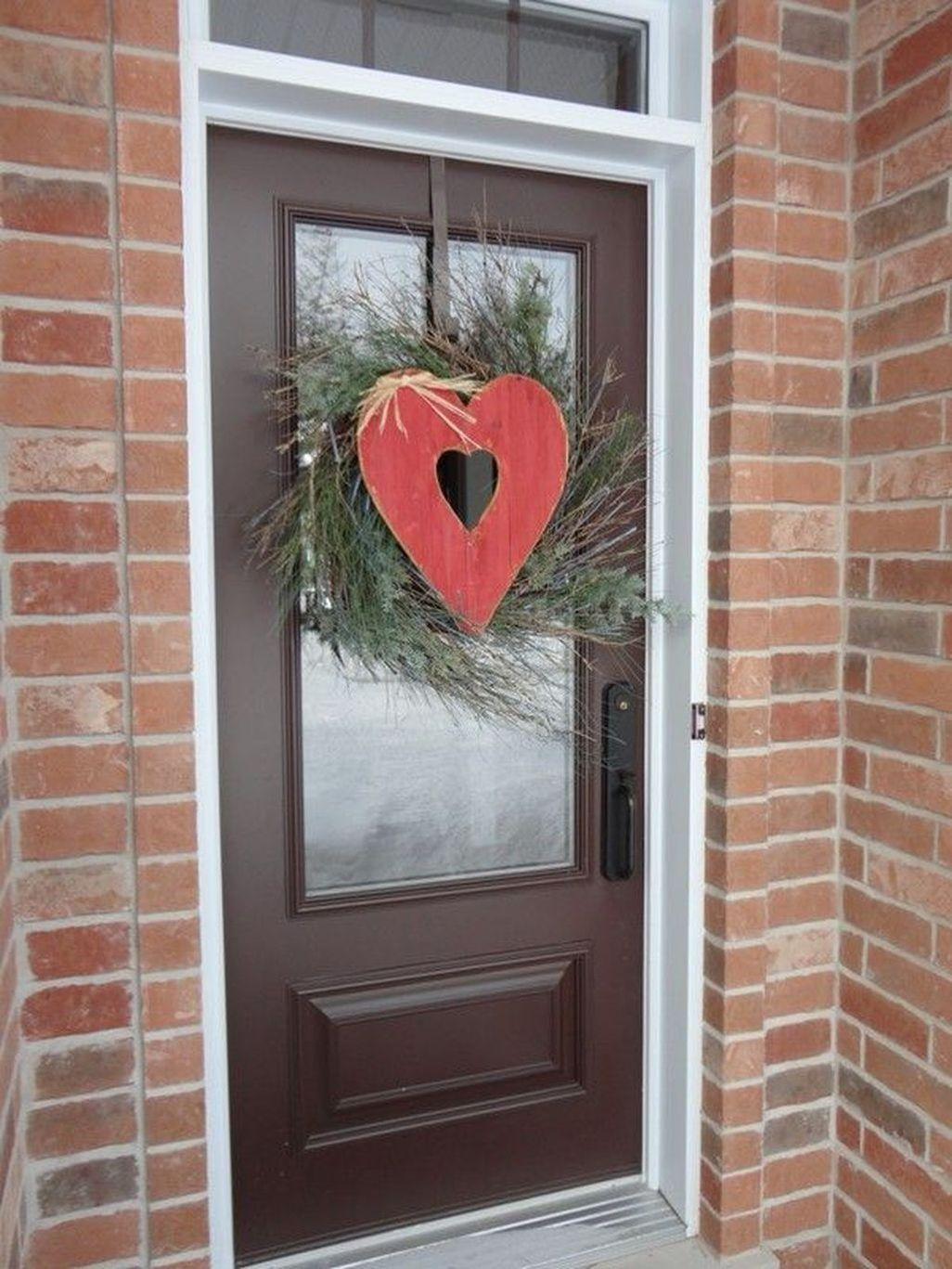 41 Amazing Outdoor Valentine Decoration Ideashomedecorish