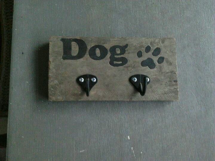 Palletwood dog