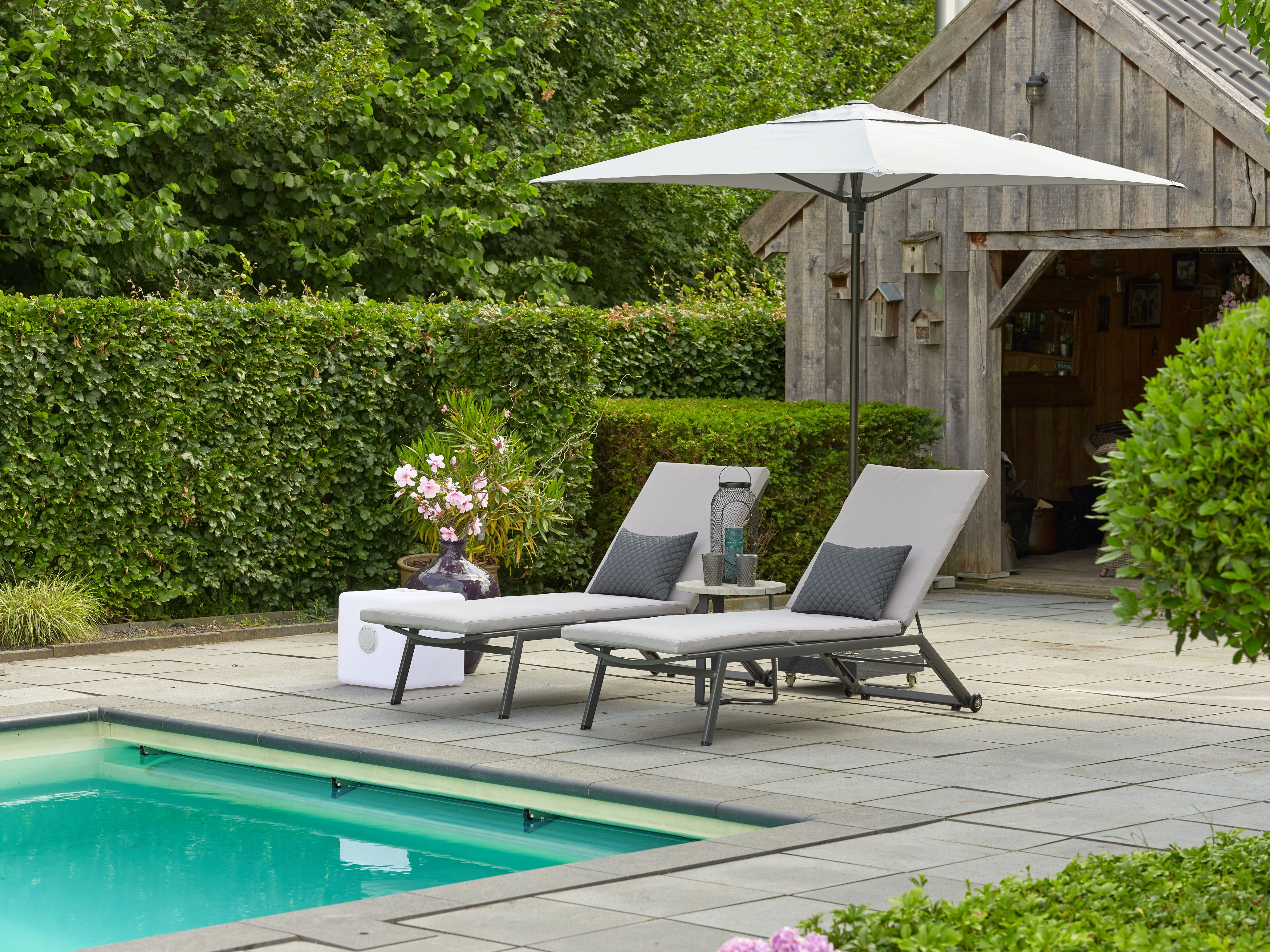 Ligstoel Tuin Aluminium : Mooie ligstoel van aluminium #ligstoel #tuinmeubelen #tuin