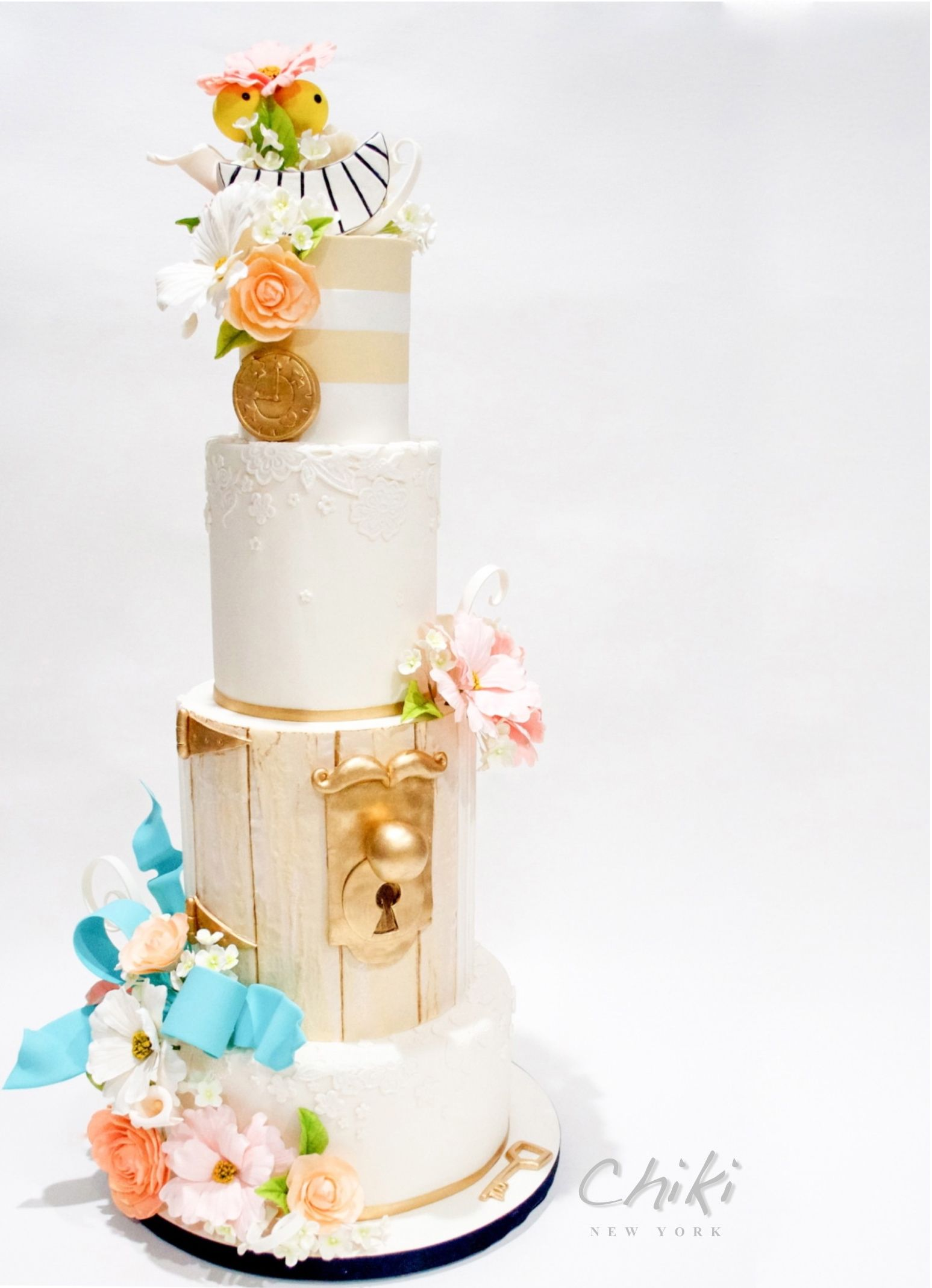 Fairy Tale themed wedding cake with lock and key on satinice.com ...