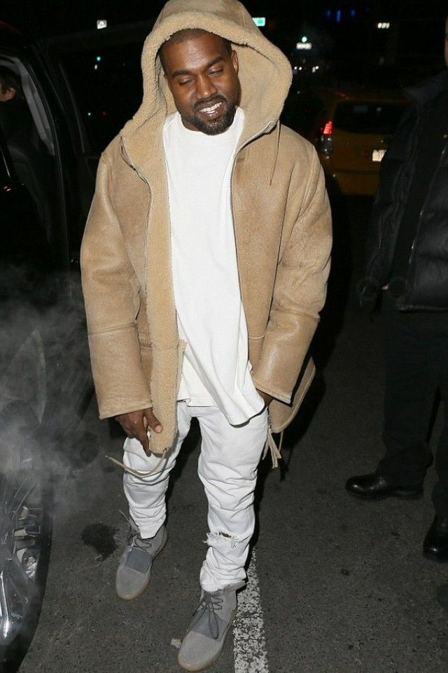 9ffb18c1f Kanye West - Taking Kim Kardashian out on a Valentines dinner on in ...