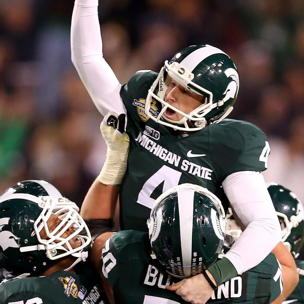 The Michigan State Spartans Pulled Ahead By One Point With 1 01 Remaining On The Clock To Win The 2012 Buffalo In 2020 Michigan State Michigan State Football Michigan