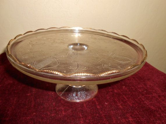 Hey, I found this really awesome Etsy listing at https://www.etsy.com/listing/209281865/vintage-jeannette-glass-pedestal-cake
