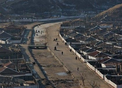 North Korea slave pen: Tensions rise on border in clampdown on defections