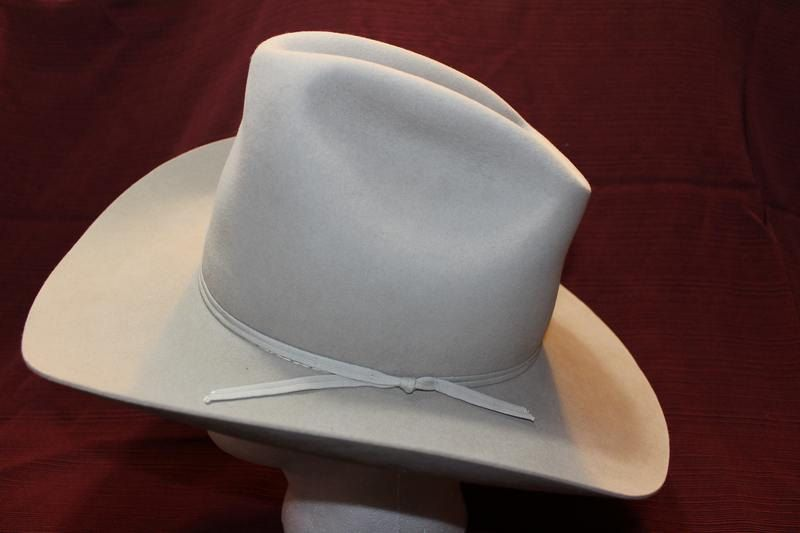 8c85a5db4c9 Vintage American Hat Company Men s Western Fur Felt Hat Ivory Gray Size 7 1  4 58cm by AtticEsoterica on Etsy