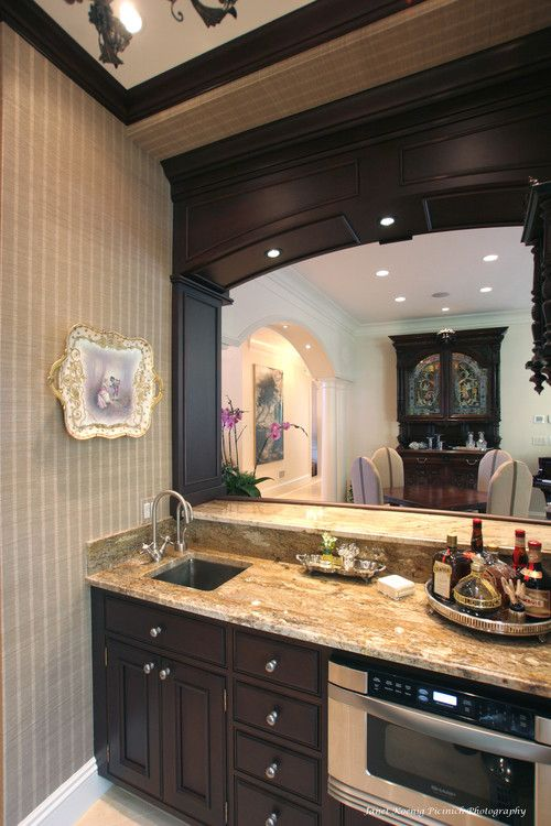 Kitchen Bar Ideas With Wet Cabinets And Bar Sink On Side Traditional Kitchen Design Kitchen Design Home Wet Bar