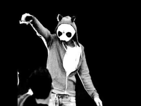 Cro - Mach die Augen auf (Official Musik)