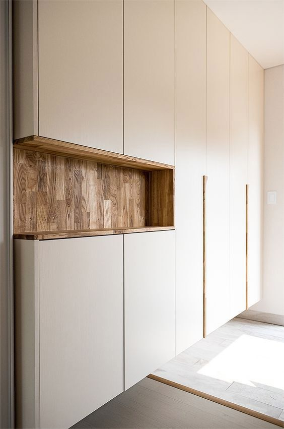 #Bedroomwardrobe #Ces #DCO #étagères #magazine #surmesure #TRAITS Ces étagères surmesure  TRAITS D'CO Magazine Ces étagères surmesure  TRAITS D'CO Magazine Tanja Philipps tanjaphilipps84 SchrankwandWohnzimmer Foyer cabinet, Wardrobe design bedroom, Shoe cabinet design, Cupboard design, Bedroom cupboards, Bedroom wardrobe - Ces étagères surmesure  TRAITS D'CO Magazine -  #Foyercabinet     Tanja Philipps  Foyer cabinet, Wardrobe design bedroom, Shoe cabinet design, Cupboard design, Bedroom cupboa
