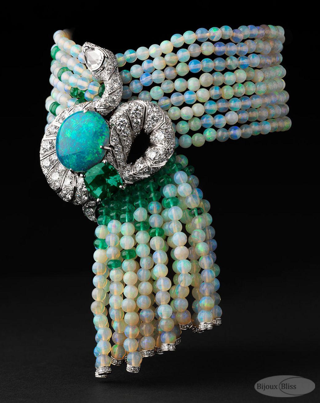 Bracelete Luxuriante com opala de 8.02 quilates, crisoberilo com 3.43  quilates, um diamante em