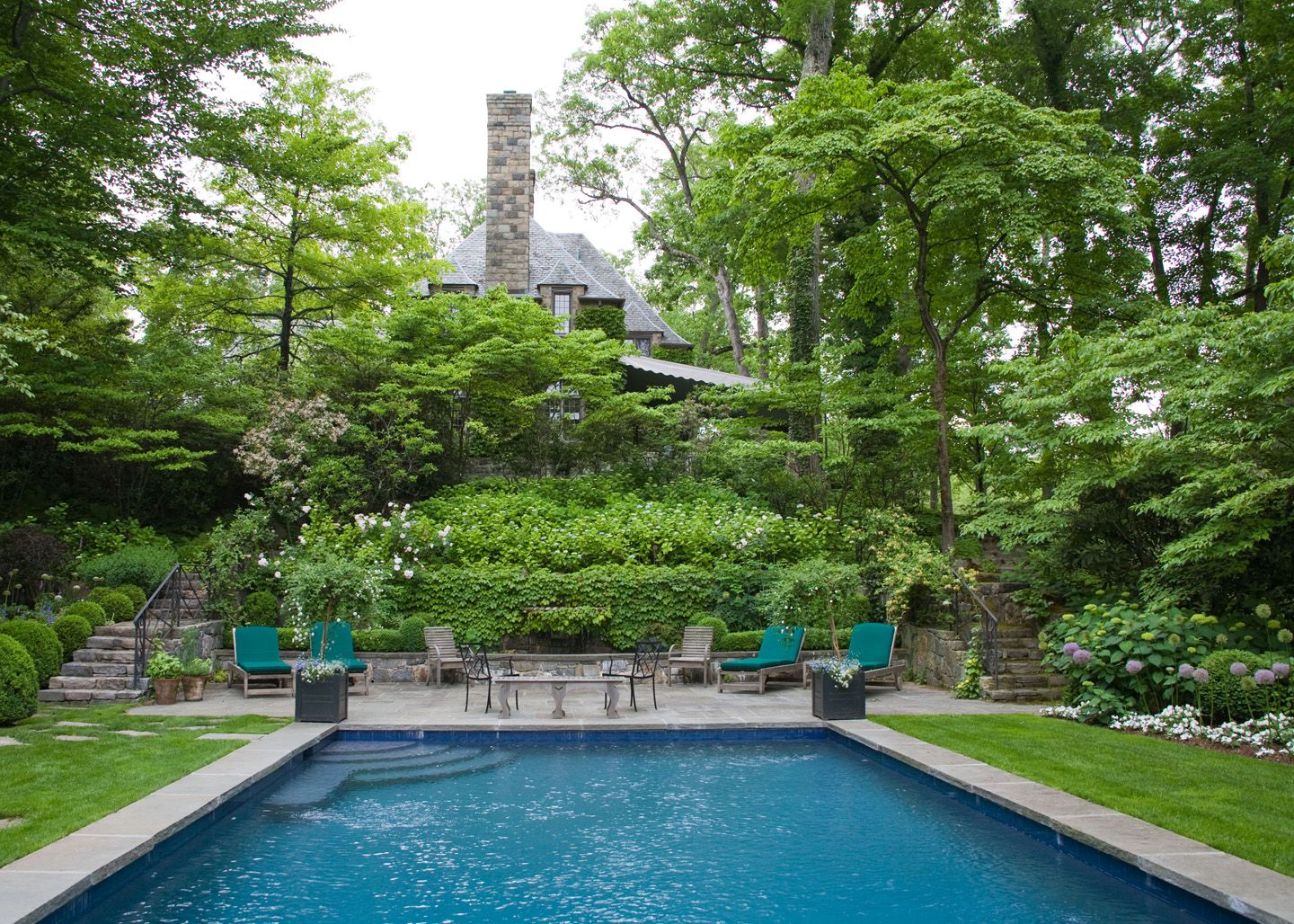 YARD – great design! Green with Envy garden tour.....lush, secluded ...