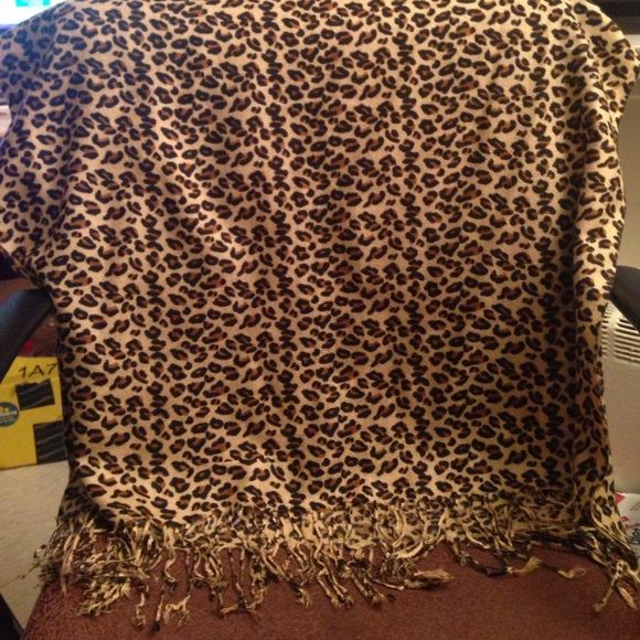 Cheetah Print Brown Scarf Wrap Love this print! Accessories Scarves & Wraps