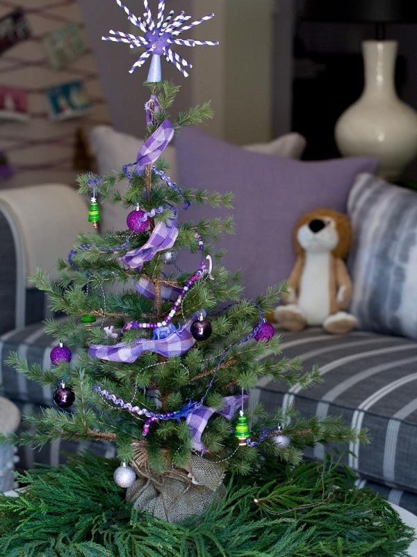 40 Small Christmas Trees | Mini christmas tree decorations ...