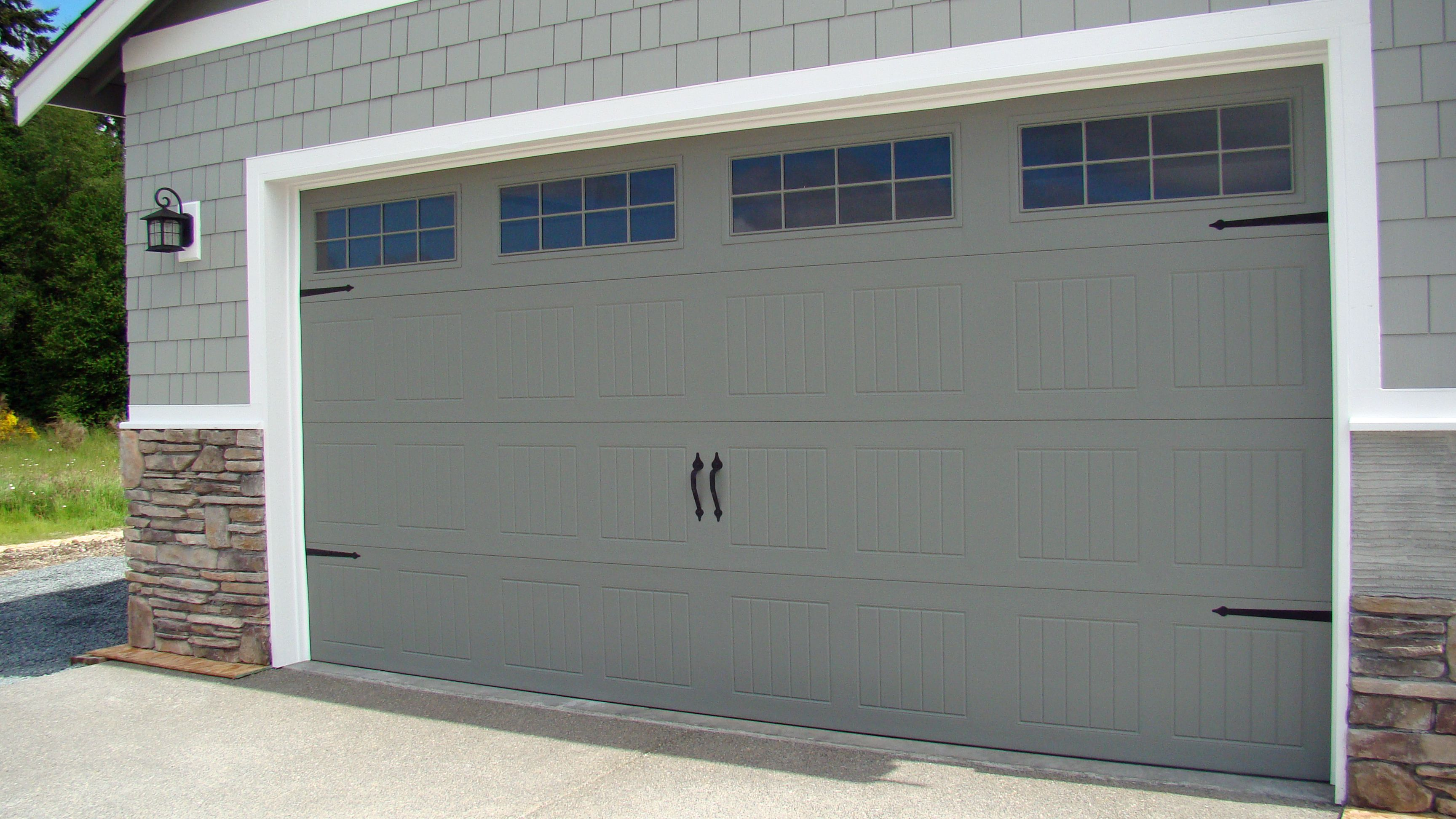 Chi carriage garage doors roselawnlutheran for French country garage doors