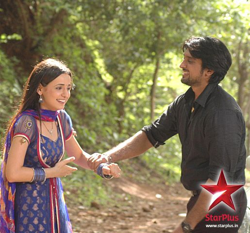 Shyam And Khushi Share A Few Laughs Off Camera On The Sets Of