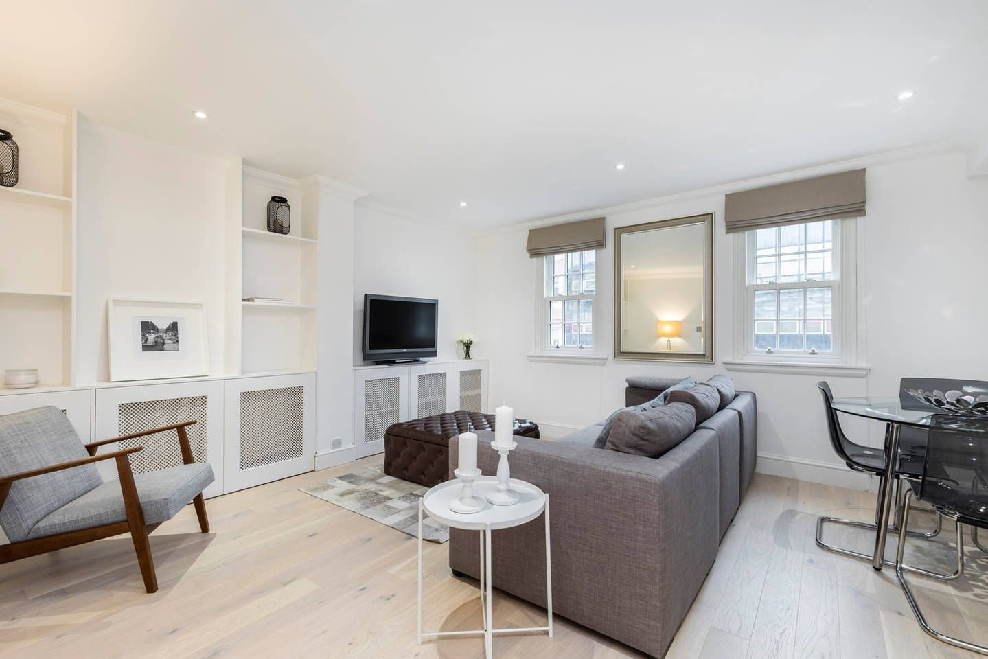 Contemporary And Elegantly Designed 2 Bed Right In The Heart Of Central London In The Famous Waterloo Area Ideal For 4 Rent In London Flat Rent Home