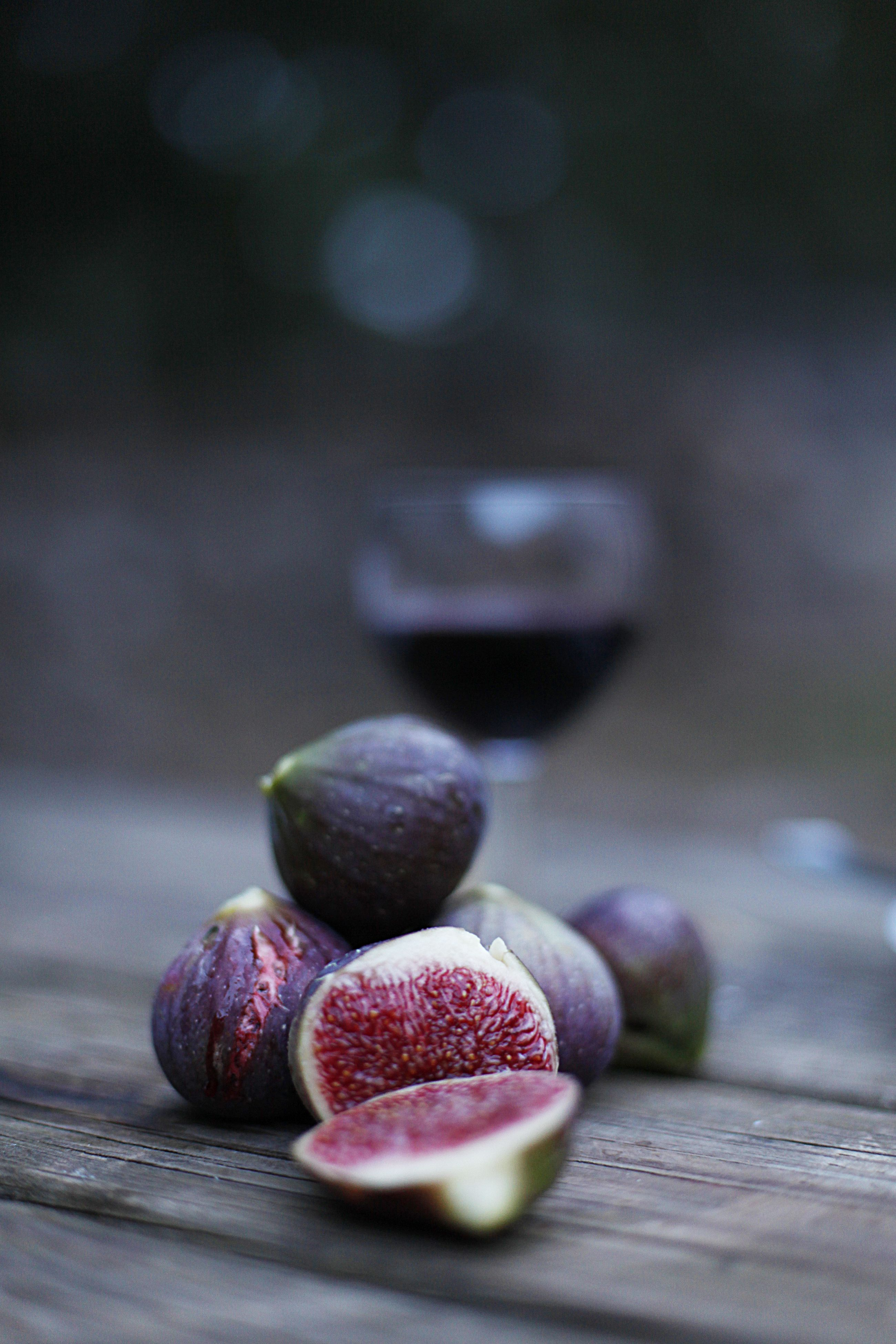 And for desert...simple but delicious ripe figs from the south of France