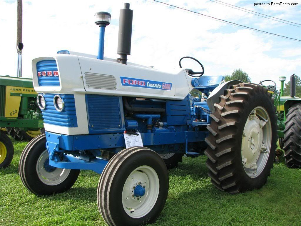 The blue Ford 6000 became the Commander 6000 with more power and more beef.  The two spoke steering wheel remained, but was now black instead of white.