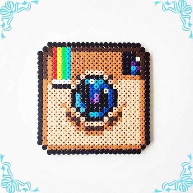 logo instagram en perle a repasser