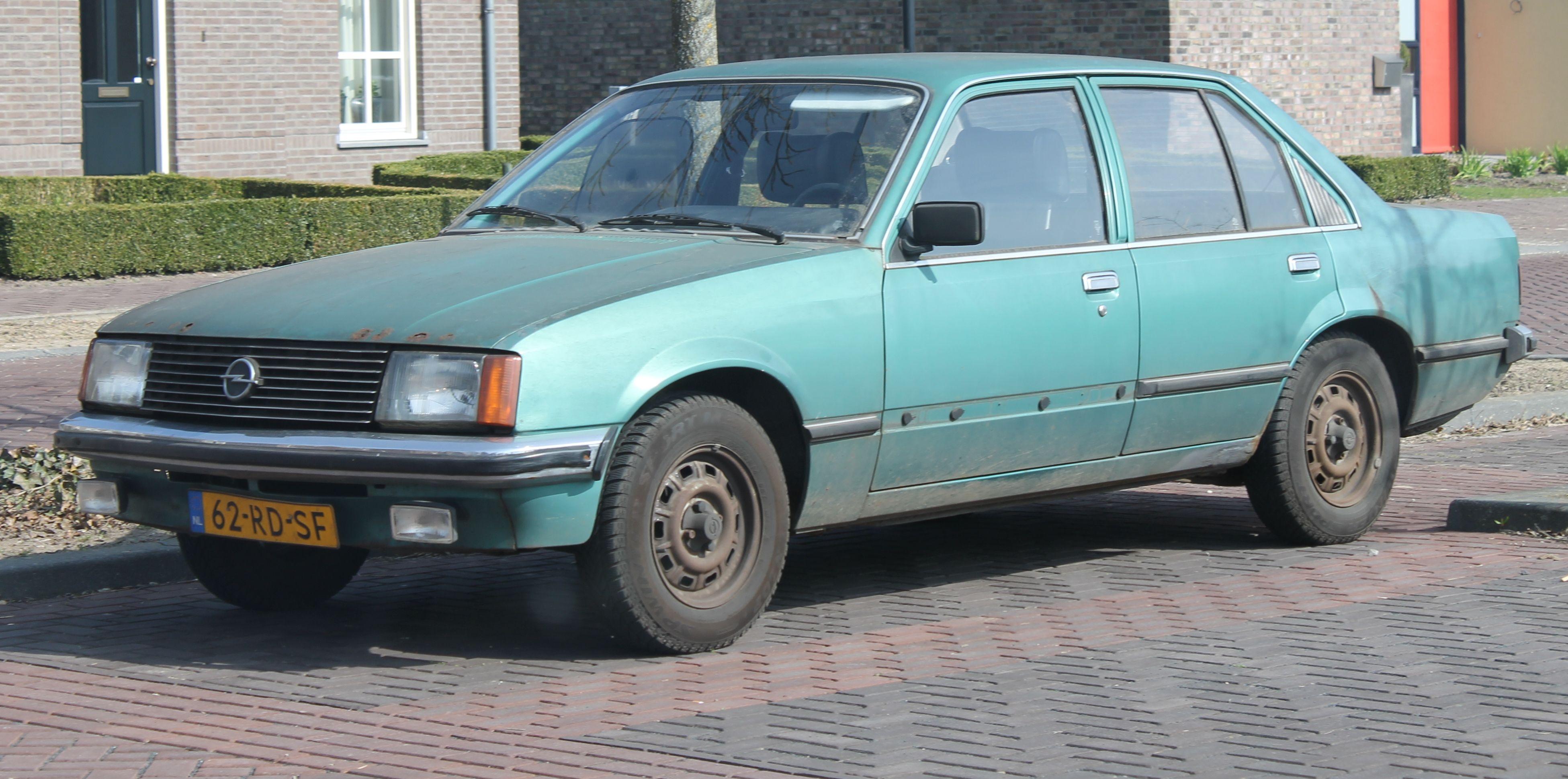 Opel Record años de historia.
