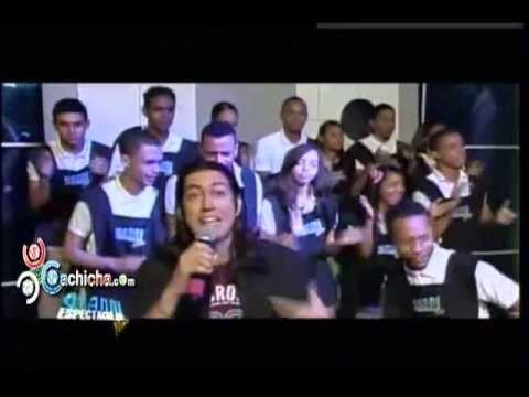 Pa' Morirse de La Risa: Fernando Pucheu - E'te Dembow Se Pega #Video @fpucheu #Video - Cachicha.com