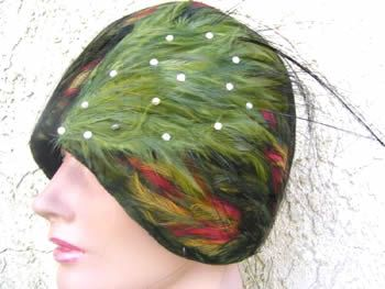 Lady's 1920's Flapper Feathered Cloche Hat VINTAGE hats