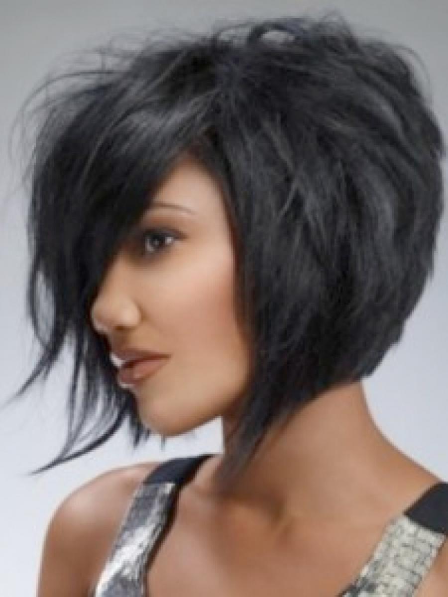 ideas to choose asymmetrical bob black hair: asymmetrical bob