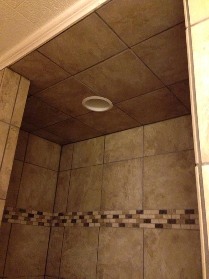 Tiled Shower Ceiling I Like The Can Light In The Ceiling I M